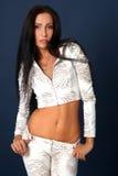 привлекательные красивейшие детеныши белой женщины рубашки Стоковые Фотографии RF