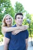 привлекательные пары фокусируют человека влюбленности Стоковые Изображения RF