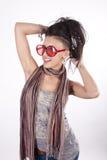 привлекательные смешные солнечные очки девушки молодые Стоковое фото RF