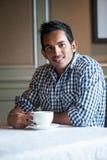 привлекательный индийский человек стоковые изображения rf