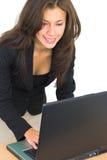 привлекательный офис девушки Стоковые Изображения