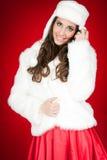 привлекательный costume представляя женщину зимы стоковая фотография rf