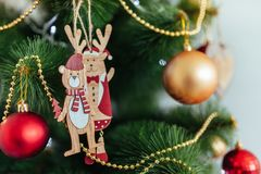 Привод игрушки рождества Рождество elkay белизна изоляции подарков рождества Стоковое Фото