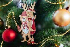 Привод игрушки рождества Рождество elkay белизна изоляции подарков рождества Стоковые Фото