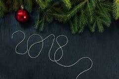 Привод игрушки рождества Рождество elkay белизна изоляции подарков рождества Стоковое Изображение RF