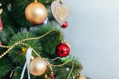 Привод игрушки рождества Рождество elkay белизна изоляции подарков рождества Стоковые Изображения RF