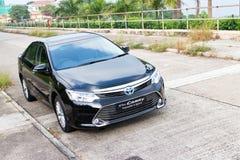 Привод испытания гибрида 2014 Toyota Camry Стоковые Фото