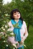 Привлекательная беременная женщина Стоковое Фото