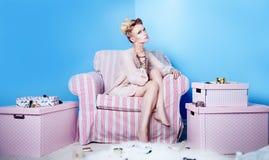 привлекательная блондинка красотки Стоковые Фото
