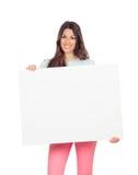 Привлекательная девушка с пустым плакатом Стоковое Фото