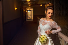 Привлекательная молодая белокурая невеста Стоковое Изображение