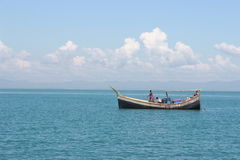 Привлекательное голубое море Стоковая Фотография RF