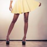 Привлекательные ноги женщины Стоковое Изображение RF