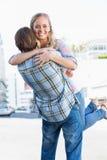 Привлекательные положение и обнимать пар Стоковое фото RF