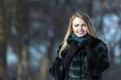 привлекательный портрет девушки Стоковые Фото
