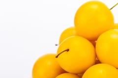 Пригорошня желтых слив вишни Стоковое Изображение RF