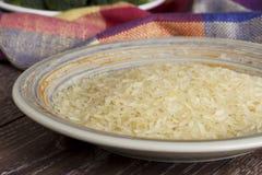 Пригорошня зерен риса стоковая фотография rf