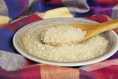 Пригорошня зерен риса стоковое фото rf