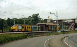 Пригородный поезд в Нидерландах Стоковые Фотографии RF