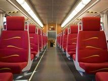 Пригородный поезд - пустой пассажирский автомобиль Стоковое фото RF