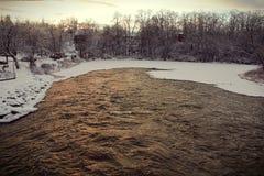Пригороды на реке льда Стоковое фото RF