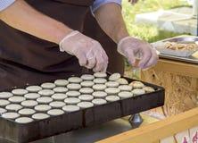 Приготовление пищи, еда улицы Стоковое Фото