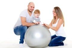 пригодность семьи шарика счастливая Стоковые Изображения
