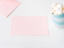 Приглашение дня ` s валентинки карточки чистого листа бумаги розовое Стоковые Фотографии RF