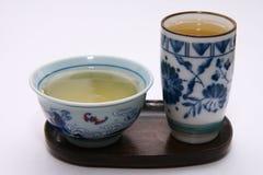придает форму чашки зеленый чай Стоковая Фотография