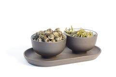 придает форму чашки травяной чай 2 стоковые фотографии rf