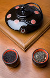 придает форму чашки чайник Стоковая Фотография RF