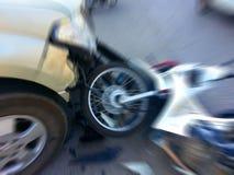 Приемистость разбивает мотоцикл на дороге Стоковая Фотография