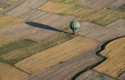Приземление использующего горячего воздух воздушного шара Стоковые Изображения RF