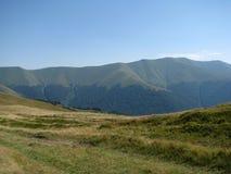 Прикарпатские горы в западной Украине Стоковые Изображения RF