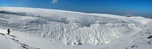 прикарпатский снежок гор зазора Стоковые Изображения