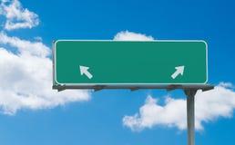 прикройте знак скоростного шоссе зеленый Стоковая Фотография