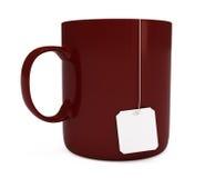 прикройте изолированную белизну пакетика чая кружки ярлыка красную Стоковая Фотография