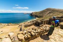 Приключения на острове Солнця, озере Titicaca, Боливии стоковое фото rf