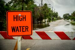 Прилив, затопленные улицы стоковое фото rf