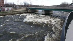 Прилив на реке Saco в Мейне видеоматериал