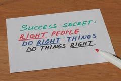 Примечание дела о секрете успеха в бизнесе с ручкой Стоковое Изображение RF