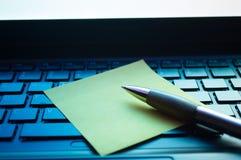 Примечание на клавиатуре Стоковая Фотография RF
