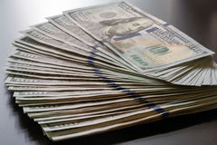 Примечание Соединенных Штатов USD 100 дует вне стоковые изображения