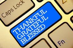 Примечание сочинительства показывая благодарное благословленное признательное Ориентации настроения признательности благодарности стоковое изображение rf