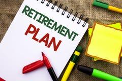 Примечание сочинительства показывая пенсионный план Вклады сбережений фото дела showcasing которые обеспечивают доходы для выбыто стоковое изображение