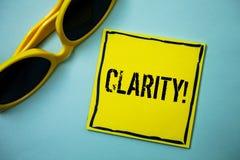 Примечание сочинительства показывая ясность Идеи точности прозрачности усвояемости очищенности точности определенности фото дела  стоковая фотография