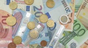 Примечания евро и монетки, Европейский союз Стоковые Изображения
