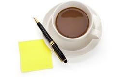 примечания кофейной чашки стоковые фотографии rf