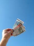 примечания удерживания руки евро банка Стоковая Фотография RF