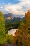 принесите национальный парк горы озера утесистый Стоковое Изображение